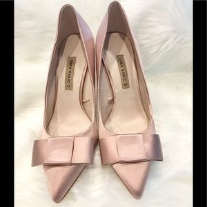 Zara Satin Bow Pumps. Never Worn. Size 9. NWOT 💕
